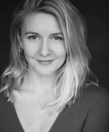 Nicole Lupino - Headshot 2021
