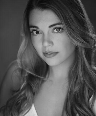 Samantha Thomas - Headshot 2021 copy