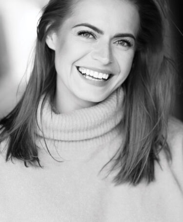 Sophie Evans - Headshot 2021